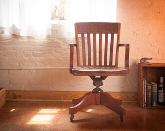 antique wood desk chair c1920s30s vintage oak office chair joseph l shoemaker philadelphia furniture vintage urban loft decor antique oak office chair