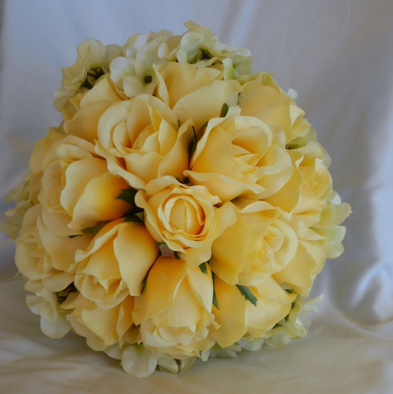 Yellow roses and hydrangeas bridal wedding bouquet  pieces 5 pieces