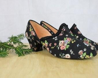 Vintage 1940's Shoes Slippers Floral Silk Art Deco Original 1940's Silk Floral Slipper Shoes True Vintage 40's