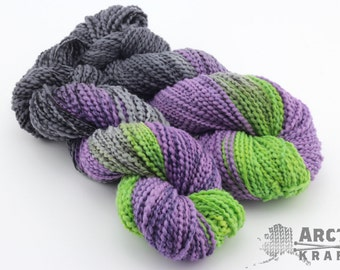 Maleficent inspired hand dyed chunky thick & thin yarn. 140 yards