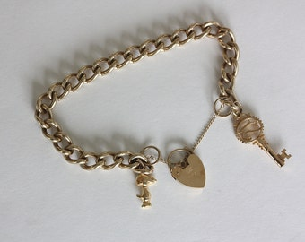 9ct Gold Kerb chain Bracelet 27.2grams  1986