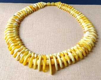 "Baltic Amber Necklace 58,9 gram Yellow 16.93"" Beautiful and Plentiful Choker Collar Amber Necklace"