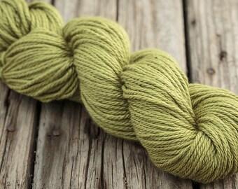 Worsted Aran wool, Scrumptious Aran by Fyberspates, shade moss (green)