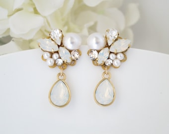 Swarovski crystal and pearl drop earring, White opal and gold wedding earring, Teardrop post bridal earring