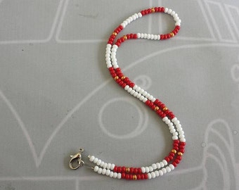 Red and White Bead Necklace, Red Bead Necklace, Golf Necklace, Surfer Jewelry, Summer Necklace, Golf Bead Necklace, Beaded Necklace, Surfing