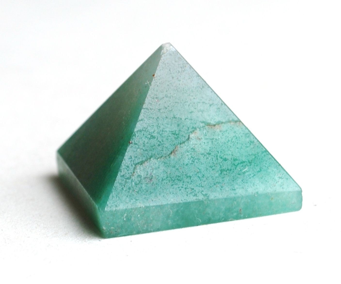 how to cut pyramid by hand