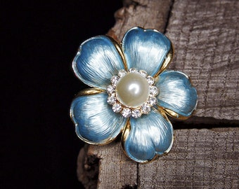 Pearl Daisy Brooch #5456