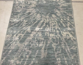 Modern contemporary rug abstract design size 3 foot x 6 foot 11 inches