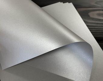 Silver Metallic Card Stock 105# (25 Sheets)