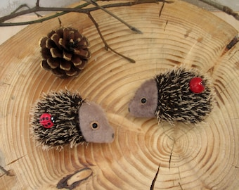 hedgehog, brooch, jewelry,fur for miniatures.