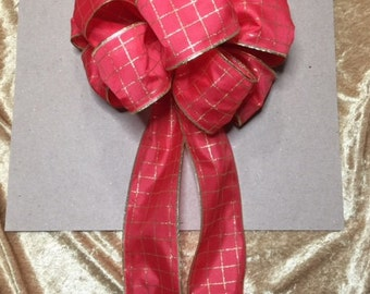 Red and gold Ribbon Bow (05)