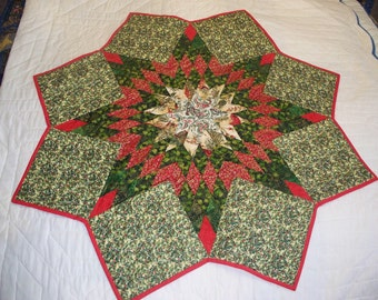 """Christmas Star table topper or wall hanging; 46"""" red, green & gold"""