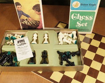 "70's Gallant Knight Chess Set 3"" tall, complete!"
