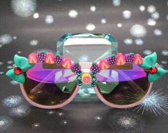 Light Pink Oval Shape Kawaii Fancy Deco Sunglasses.