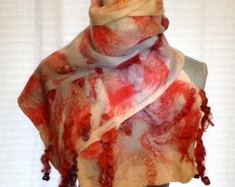 Felted scarf merino whool on silk