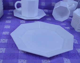 Arcopal France Novotime White Milk Glass 8 Sided Luncheon Salad Plate
