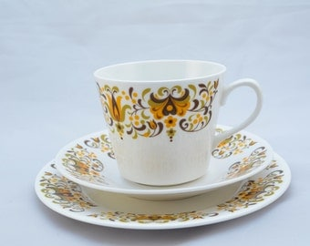 Ridgway potteries Queen Anne Bone China 1960s teaset, Made in England.