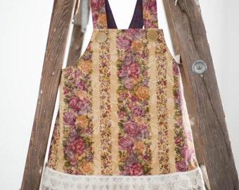 Vintage Style Jumper-Sundress Size 3