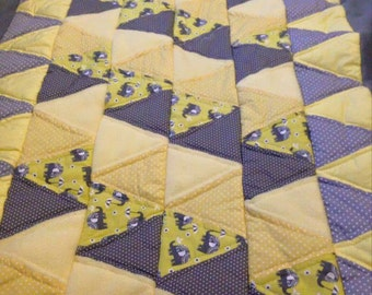 Grey and yellow elephant quilt