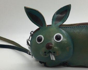 Vintage Leather Rabbit Bunny Coin Purse  Shape Wallet Wristlet Strap