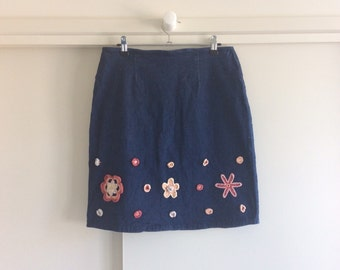 denim skirt w enbrodied flowers