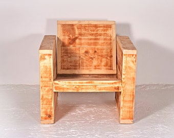 Armchair made of recycled lumber MALBEC