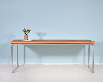 Dining table from recycled lumber & scaffold tube HEUVELLAND