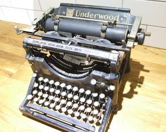 Antique Underwood Typewriter // Underwood typewriter // Old Typewriter //