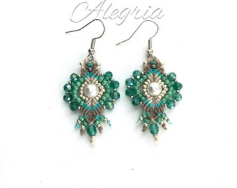 Micro macrame earrings SWAROVSKI pearls