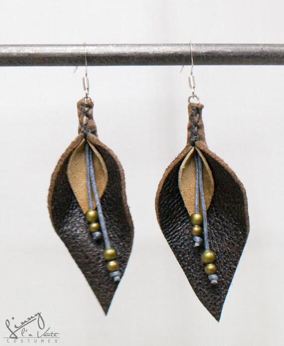 Brown/beige Leather Petal Earrings  [Water Lily]
