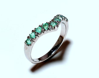 New-925 Sterling Silver Natural Emerald Ring  Jewelry