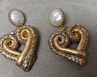 Valentine earrings, Nostalgic Valentine's Day, Valentine Accessories, Valentine hearts, Valentine Romance, Valentine Heart Earrings