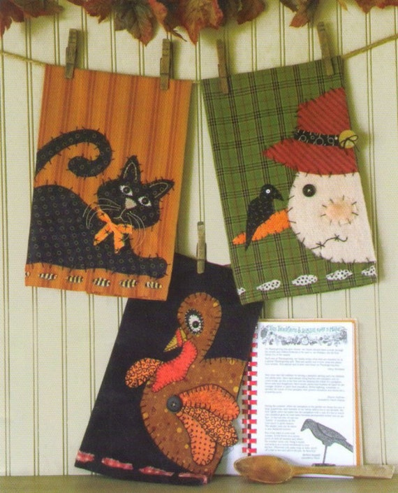 Primitive Applique Towel Pattern Hometown Holidays