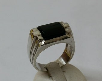 835 silver ring with Onyx 18.7 / size 8.7 silver ring SR444