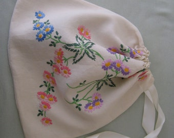 Embroided lingerie/travel bag