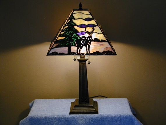 Table Lamp Wilderness Theme Stained Glass Lamp