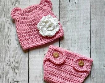 Newborn photo prop, crochet bear hat and diaper cover