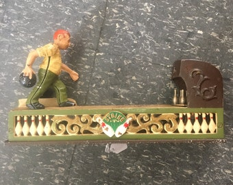 Vintage Lucky Strike Rolling Bank