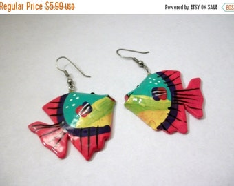 ON SALE Vintage Colorful Tropical Fish Wood Earrings 1075