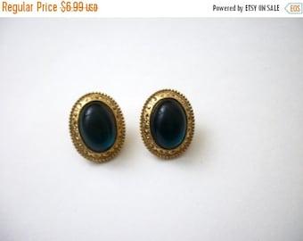 ON SALE Vintage  Gold Tone Green Oval Earrings 81116
