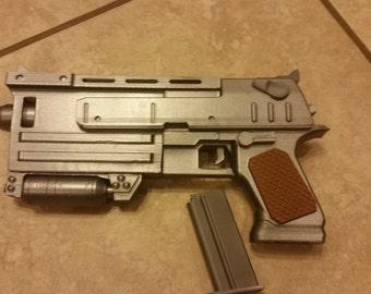 Fallout 3/New Vegas - 10mm Pistol