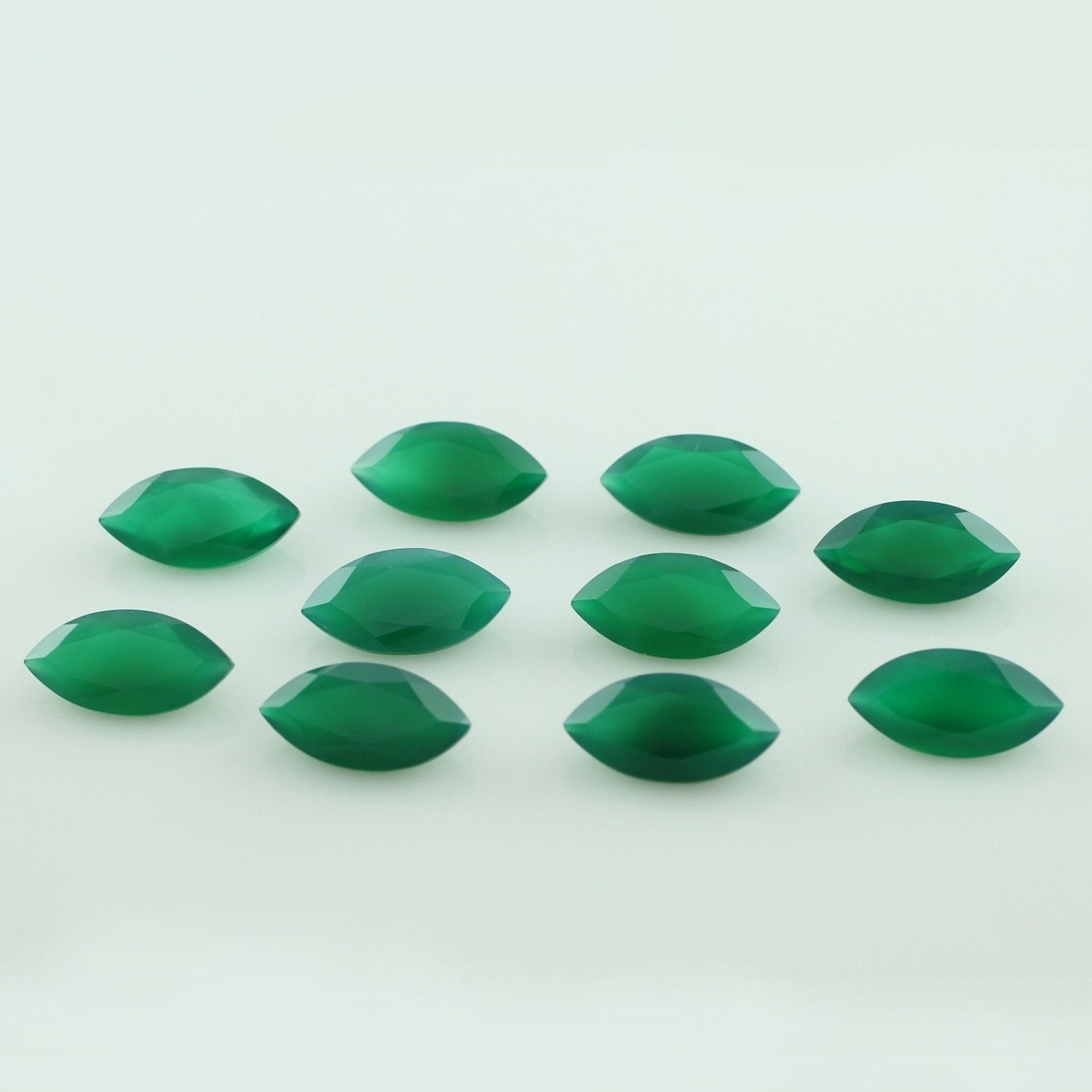 What Color Is Onyx Gemstone : Natural green onyx mm faceted cut marquise calibrated