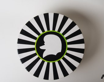 Handpainted round cardboard box in black and white with poodle silhouette. Great gift idea!