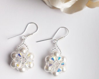 Cotton pearl bridal earrings, crystal earrings, pearl earrings, bridal pearl earrings, white pearl earrings, pearl flower earrings
