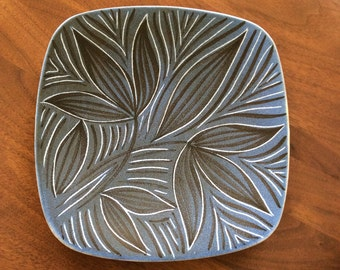 Mid Century Danish Modern Floral Art Pottery Ceramic Dish Plate Norway eames