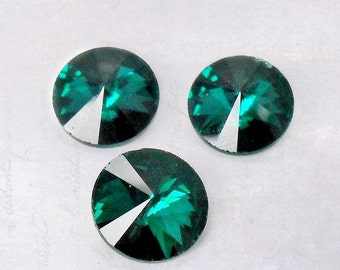 10 x Emerald Green Faceted 12mm Glass Pointback Rhinestones Rivoli SS50