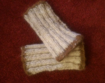 Pure wool wristwarmers /Welsh Mountain alpaca edging