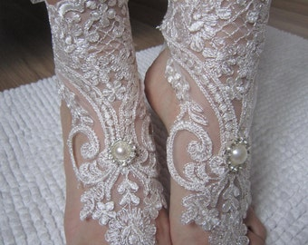 Ivory Beach Wedding Anklet, Lace Barefoot Sandals, Bridesmaid  Barefoot sandals