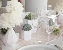 3D Printed Vase, Wedding, modern, minimalism, Low poly, Geometrical Vase, home decor, Best Gift, Womens Gift