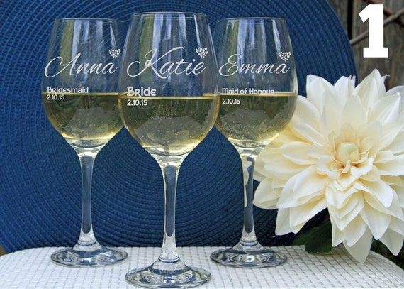 Wedding Gift Personalized Wine Glasses : Personalized Wine Glasses Custom Wine Glasses Engraved